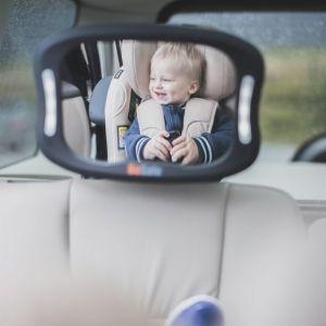 ogledalo za bebe u autu