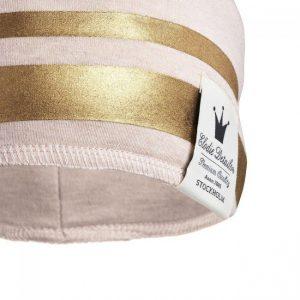 ženska kapa za bebe