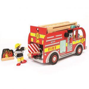 drveno-vatrogasno-vozilo