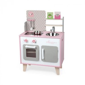 drvena-kuhinja-roza-za-curice-1